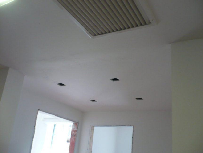 lavoro cartongesso controsoffitto ufficio post-stuccatura