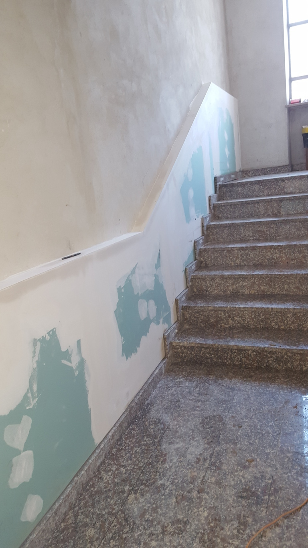 lavori in corso - ristrutturazione scale