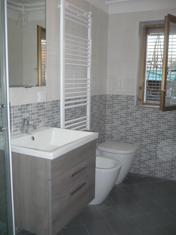 Ristrutturazione completa bagno castronno 2 progetto casa - Ristrutturazione bagno como ...